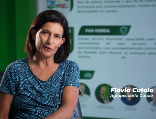 Momento Canivete – Flávia Cutolo